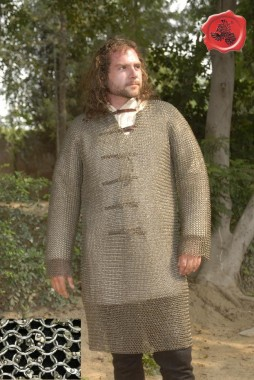 Hauberk-chainmail shirt, knee-length long-sleeved, round ring 9 mms, fully rivets (round rivets)